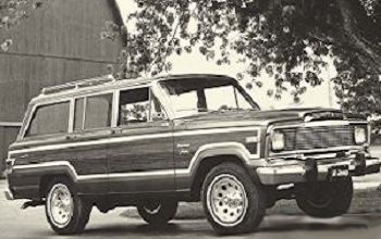 Willys Jeep Wagoneer 1962